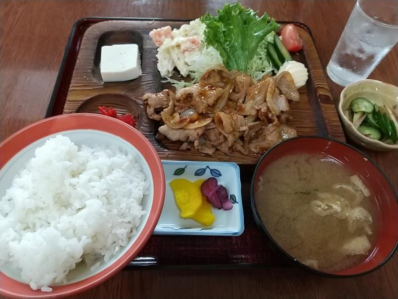 長沢峠ドライブインの焼肉定食