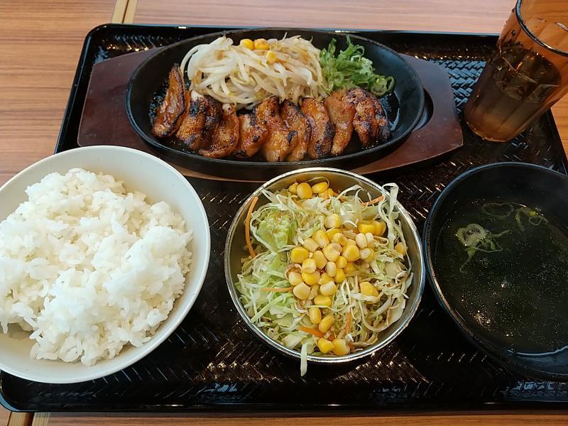 韓丼の味噌だれ豚トロ定食