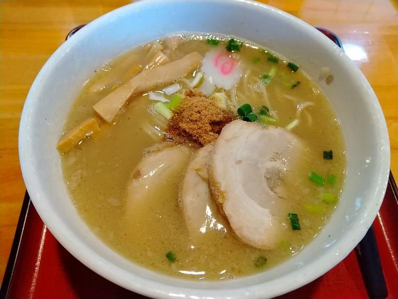 麺家ふじひろの「チャーシュー麺 塩」