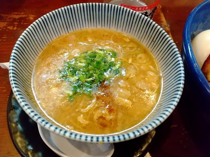 「特製つけ麺 原点」のスープ