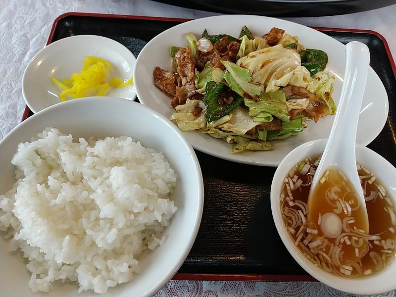 鳳華の平日限定ランチ「キャベツと豚肉のみそ炒め」