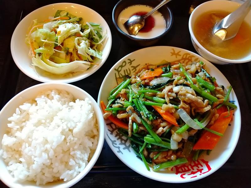 炎神のランチセット「旬の空芯菜と豚肉のオイスターソース炒め」