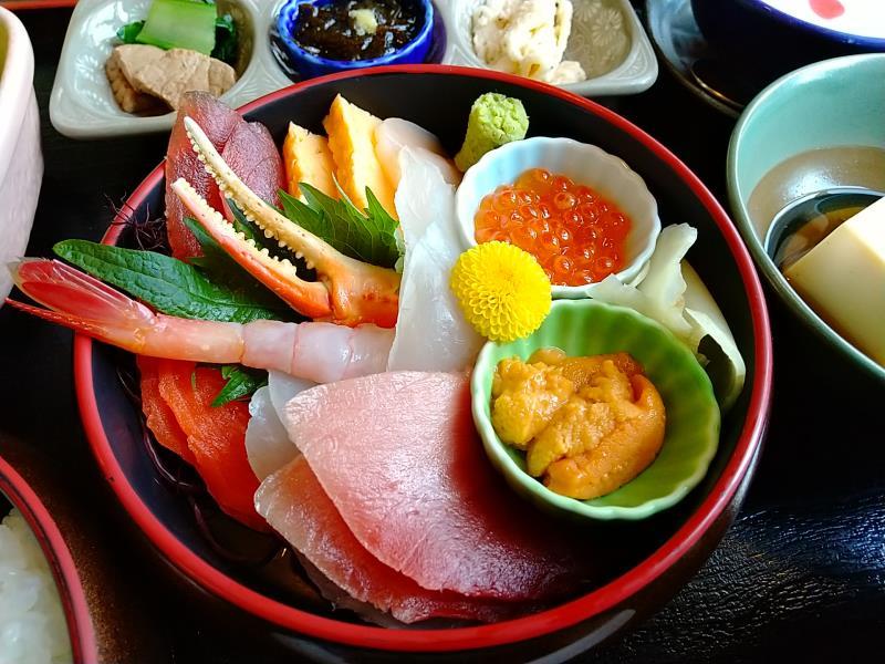海鮮丼の豊富な具材