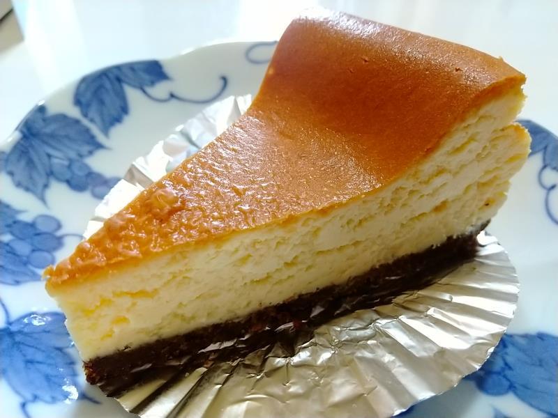 サザコーヒー本店のベイクドチーズケーキ