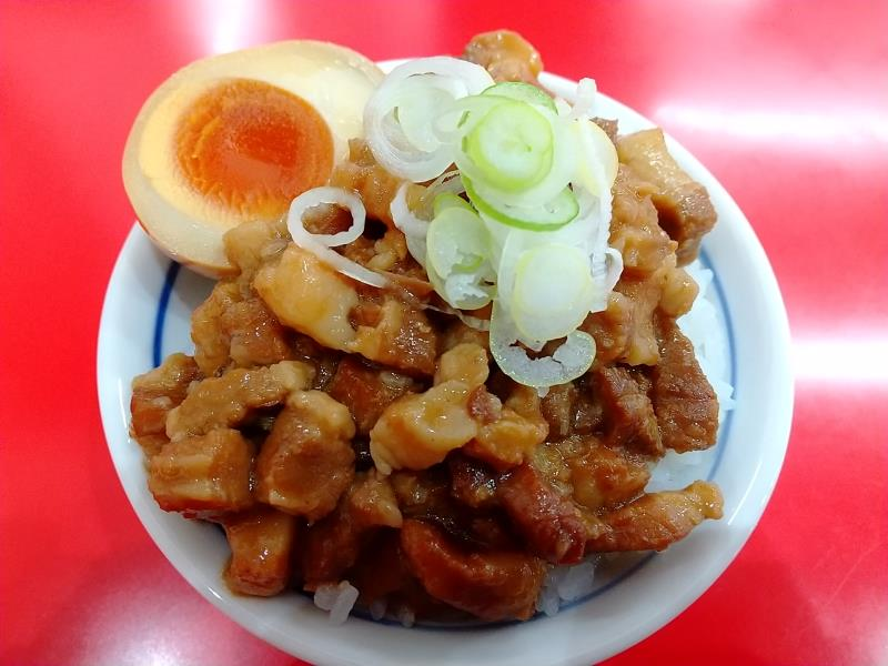麺来亭のルーロー飯